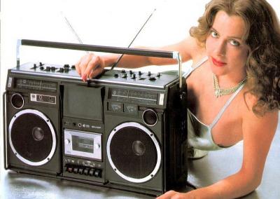 RADIO CASSETE INFINITY 103.3 TENERIFE
